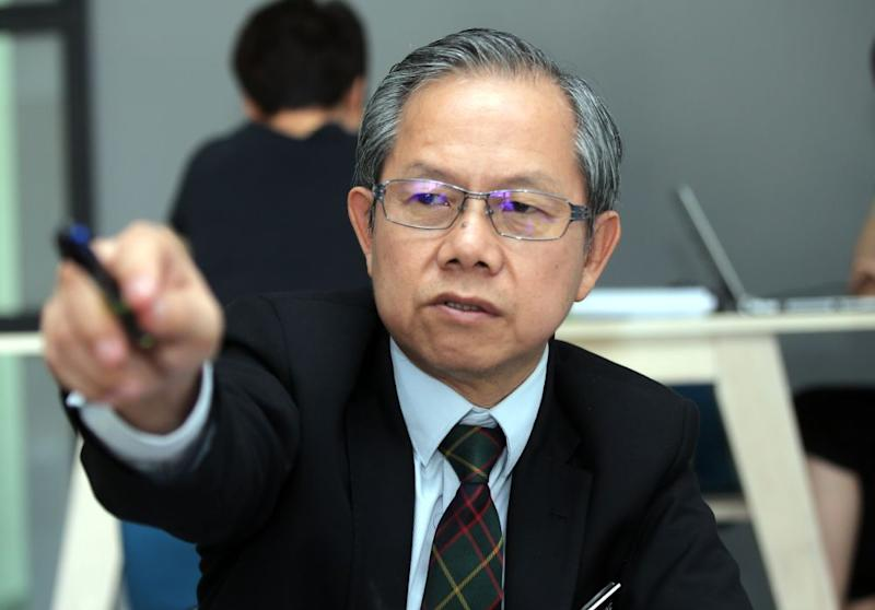 Dr Lee explained that the firm distributes medicine in the Approved Products Purchase List (APPL), while the purchase of the drugs falls under the Ministry of Health (MoH) rather than the company. — Picture by Farhan Najib