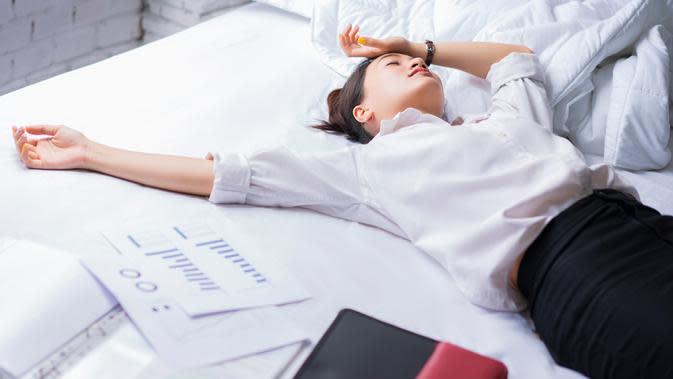 ilustrasi stres | copyright By TORWAISTUDIO (Shutterstock)