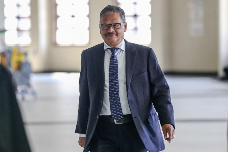 Tan Sri Mohamed Apandi Ali is pictured at the Kuala Lumpur High Court March 9, 2020. — Picture by Firdaus Latif