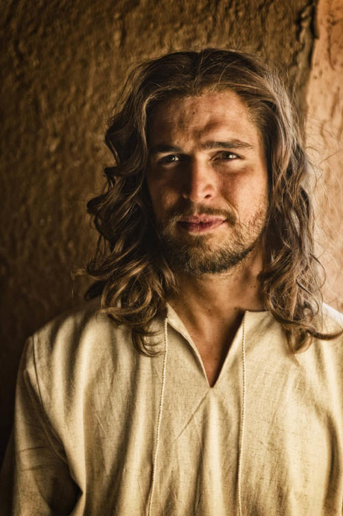 'The Bible' Producers Couldn't Find Jesus … Until He Came Walking Through Their Garden