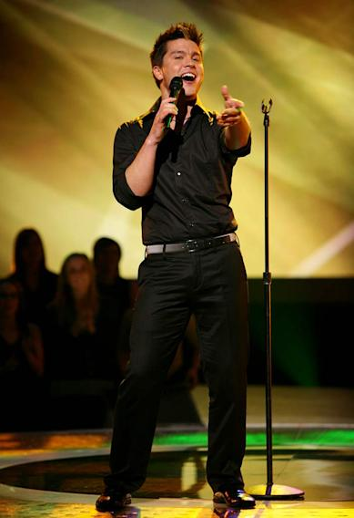 Jason Yeager performs as one of the top 20 contestants on the 7th season of American Idol.