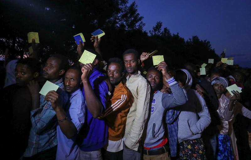 Voters wait in a queue to cast their vote during the Sidama autonomy referendum in Hawassa