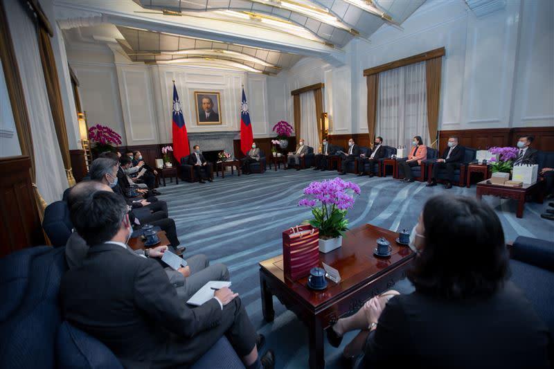 SEMICON Taiwan如期舉辦,蔡英文稱讚「展現臺灣防疫成果」。(圖/總統府提供)
