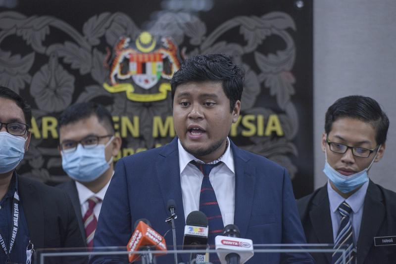 Mahasiswa Keadilan Malaysia president Irfan Mahzan speaks during a press conference in Parliament August 12, 2020. — Picture by Shafwan Zaidon