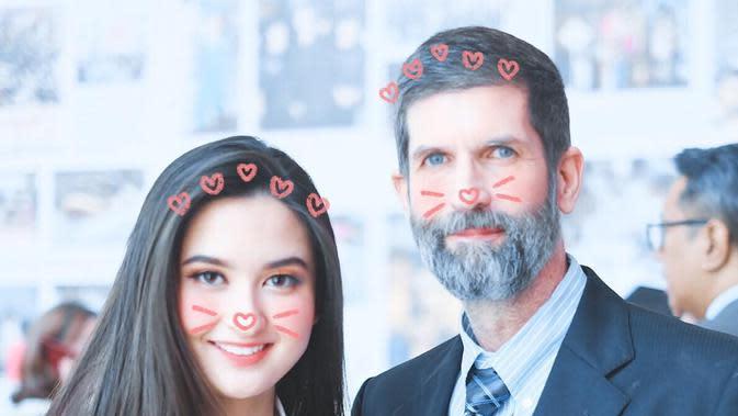 Potret Kebersamaan Stephanie Poetri dan Ayah Bulenya. (Sumber: Instagram/stephaniepoetri)