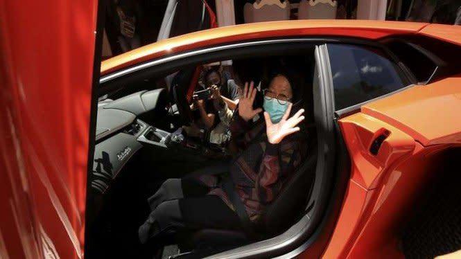 Begini Reaksi Wali Kota Surabaya, Risma Usai Diajak Nyoba Lamborghini