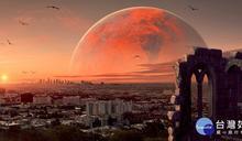 今晚錯過再等15年! 「夜空中最亮火星」不懼城市光害高掛整夜