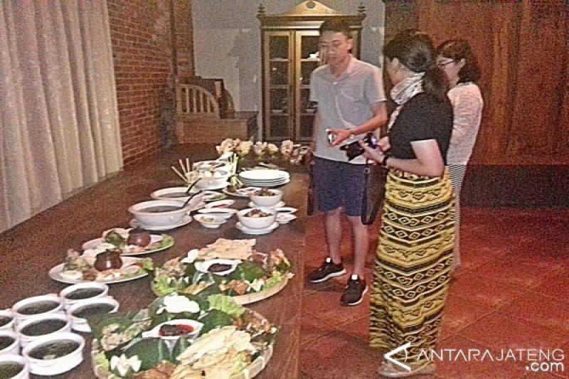 Wisata malam di Kota Solo akan dikembangkan, dimulai dengan kuliner