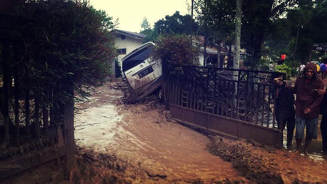 Usai Banjir Bandang, Akses Jalan Kabupaten Aceh Tengah Sudah Bisa Dilalui