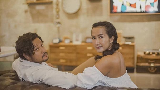 Rumah pasangan Dwi Sasono dan Widi Mulia yang pakai perabotan hasil daur ulang. (Sumber: Instagram/@dwisasono)