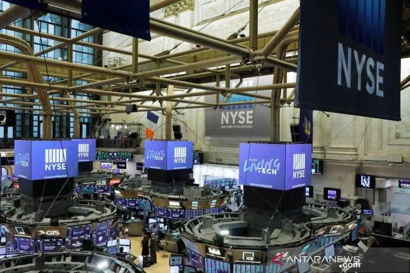 Wall Street berakhir lebih rendah, indeks Dow Jones anjlok 2,25 persen
