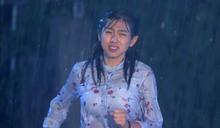閨蜜懷上老公的孩子 米可白拍「雨中摔車戲」挫傷頸椎