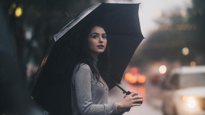 Ilustrasi hujan. (Photo by Jon Ly on Unsplash)