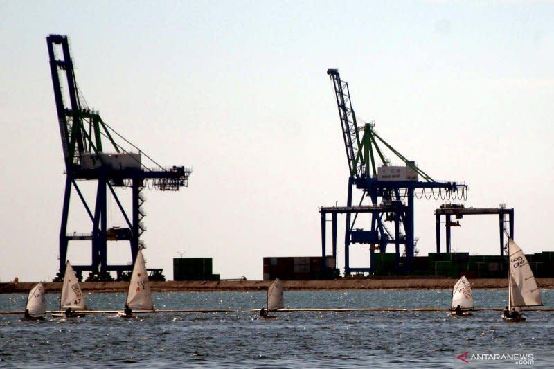 Pelindo IV lakukan ini untuk integrasi logistik di pelabuhan