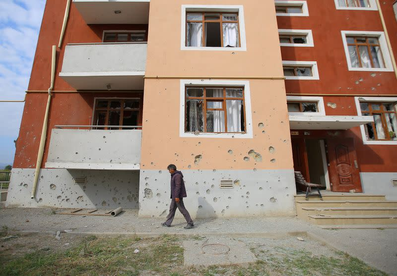 Karabakh fighting enters fourth day, Armenia says no need for outside military help
