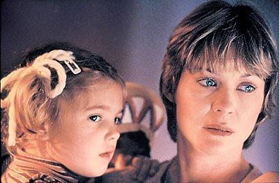 'E.T.' turns 30: Get a behind-the-scenes look at a young Drew Barrymore