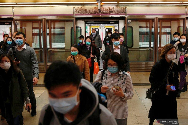 Bank Mandiri dan pekerja migran bagikan 30.000 masker di Hong Kong