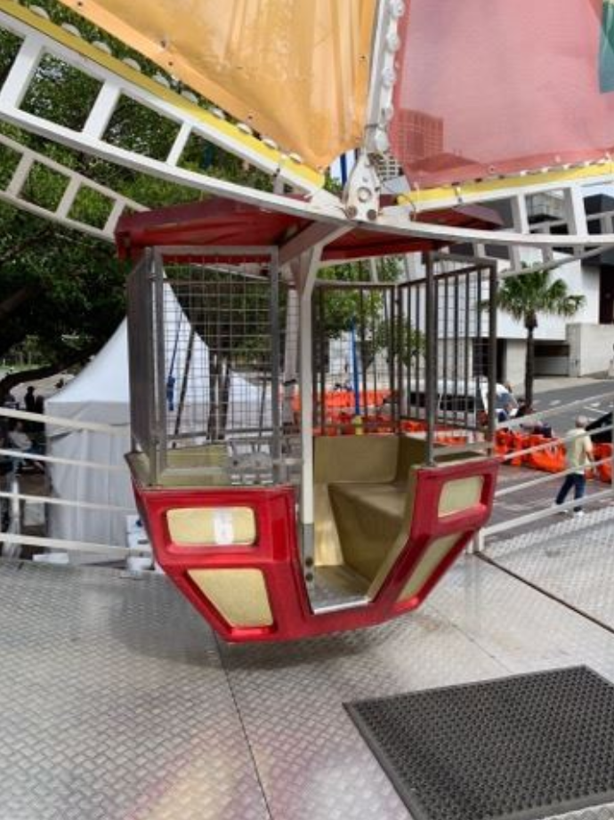 Ferris wheel scare for Smith's Chips 'Spin to Win' staff