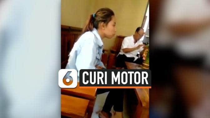 VIDEO: Curi Motor Bareng, Wanita Ditinggal Kabur Pacar Saat Ditangkap Warga