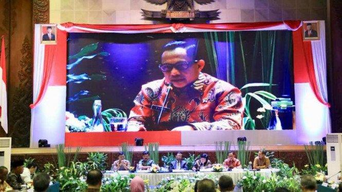 Tito Karnavian Umumkan Operasi Darat-Udara dalam Penanganan COVID-19