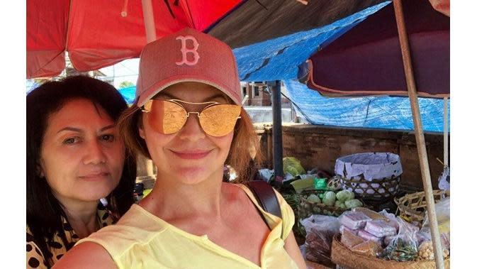 Tamara Bleszynski dan ibunda (Sumber: Instagram/tamarableszynskiofficial)
