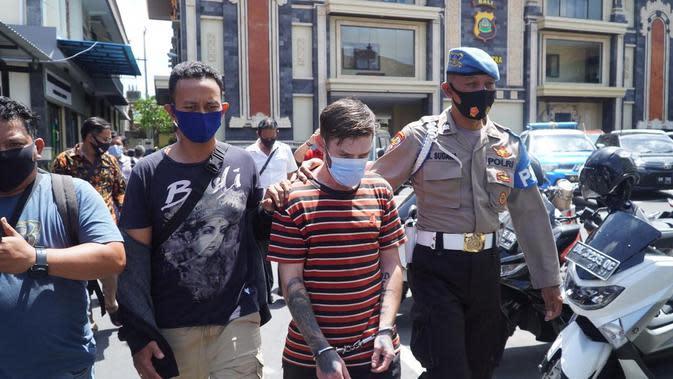 Bule Narkoba Asal Inggris dan Australia Mengamuk di Sel Tahanan Polda Bali