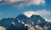 世界最高垃圾場 聖母峰也難逃塑膠微粒汙染
