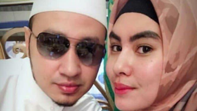 Habib Usman Ajukan 10 Syarat Sebelum Nikahi Kartika Putri