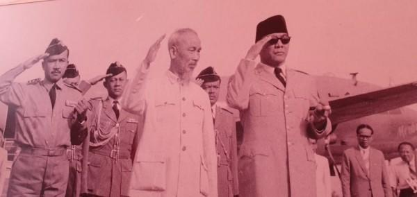 Kisah Ho Chi Minh, Tak Pakai Sepatu Saat Bertemu Sukarno