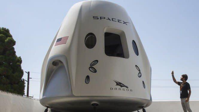 Detik-detik Astronaut SpaceX Berlabuh di ISS