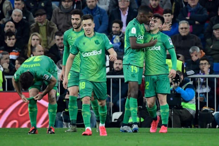 Isak (2R) scored twice