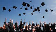 社團群聚感染 日本整間大學遭拒任職