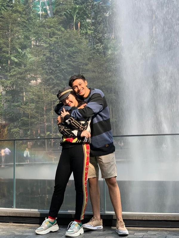 Momen Manis Caesar Hito dan Felicya Angelista. (Sumber: Instagram.com/hitocaesar)