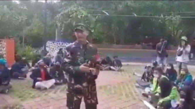 Viral,TNI Ungkap Penyusup Demo di Tengah Ratusan Mahasiswa Karena Tato