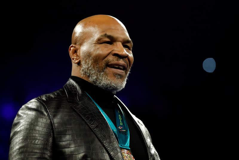 'I'm back' declares Tyson in training video