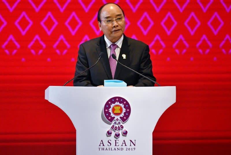 PM Vietnam ingatkan sangat tingginya resiko infeksi virus corona di komunitas
