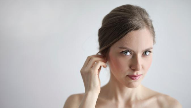 ilustrasi manfaat menggunakan daun pandan untuk kecantikan kulit wajah/Andrea Piacquadio/pexels