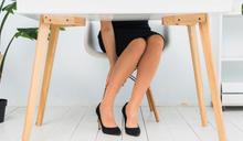 常穿高跟鞋阿基里斯腱會變硬!日本醫生「壁咚伸展操」消除僵硬蘿蔔腿