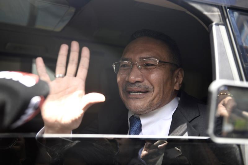 Sembrong MP Datuk Seri Hishammuddin Hussein arrives at Istana Negara February 25, 2020. — Picture by Miera Zulyana