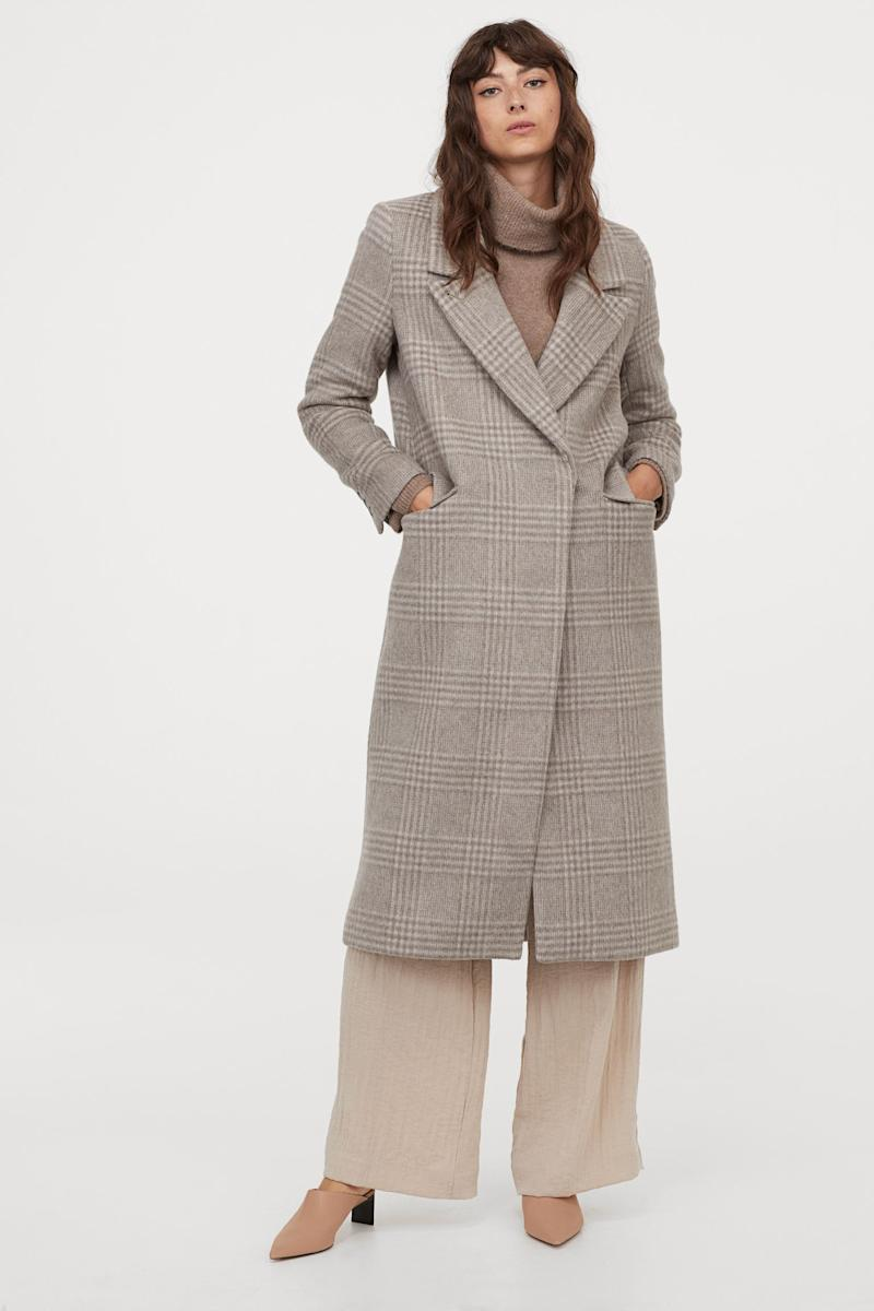 H&M wool-blend plaid coat in taupe gives the same polished look as Middleton without the price tag.