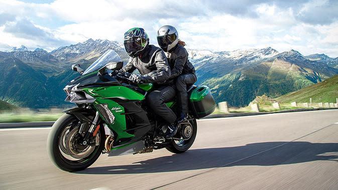 Kawasaki Ninja H2 SX (ist)