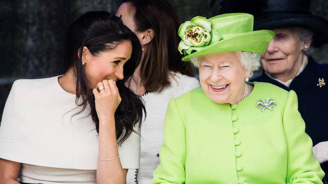 Ratu Elizabeth II dan Meghan Markle (Samir Hussein/WireImage/E!)