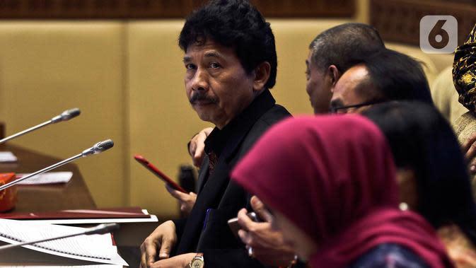 Kepala BPIP Yudian Wahyudi mengikuti Rapat Dengar Pendapat (RDP) dengan Komisi II DPR di Kompleks Parlemen, Senayan, Jakarta, Selasa (18/2/2020). Agenda RDP membahas sejumlah isu terkait, salah satunya rencana pemulangan anak-anak ISIS eks WNI. (Liputan6.com/Johan Tallo)