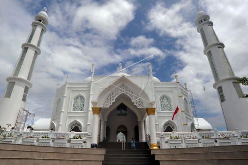 Membumikan ekonomi syariah di Ranah Minang