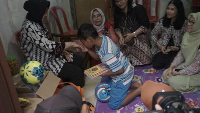 Pemkot Surabaya akan mendampingi dan memberikan konseling dan trauma healing kepada keluarga. (Foto: Liputan6.com/Dian Kurniawan)