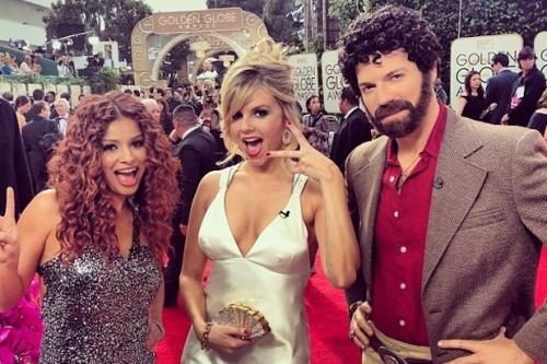 Golden Globes: E! Team Hits Red Carpet in 'American Hustle' Style (Photo)
