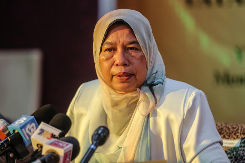 Housing and Local Government Minister Zuraida Kamaruddin speaks during a press conference in Kuala Lumpur June 30, 2020. — Picture by Firdaus Latif