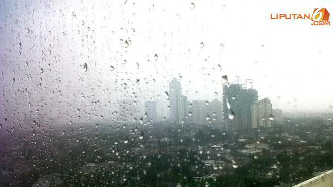 Cuaca Hari Ini: Jakarta Pagi Hujan, Sore hingga Malam Berawan