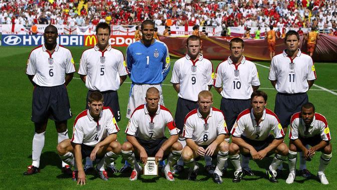 Timnas Inggris pada Piala Eropa 2004 dianggap sebagai Generasi Emas, karena diperkuat pemain-pemain bintang Eropa, (AFP/JOHN MACDOUGALL)