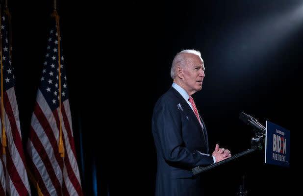 Tara Reade's Former Neighbor Says She Heard About Joe Biden Sexual Assault Accusation in Mid-'90s